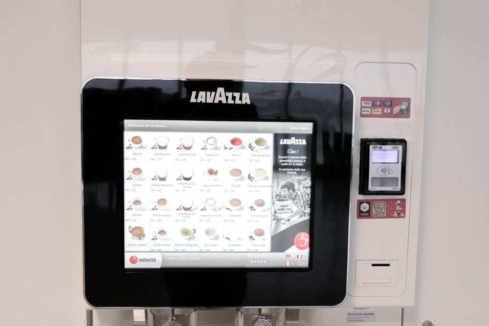 Kaffeevollautomat mit Display